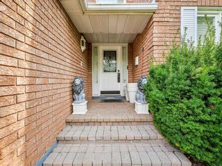 Photo 11: 452 Hedgerow Lane in Oakville: Iroquois Ridge North House (2-Storey) for sale : MLS®# W5355306