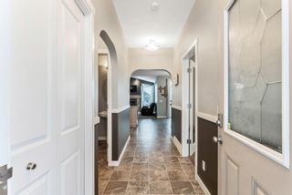 Photo 3: 434 Boulder Creek Drive SE: Langdon Detached for sale : MLS®# A1066594