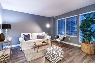 Photo 4: 3009 FIRBROOK PLACE in Coquitlam: Meadow Brook 1/2 Duplex  : MLS®# R2385710