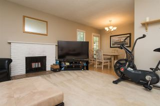 """Photo 5: 1202 10620 150 Street in Surrey: Guildford Townhouse for sale in """"Lincoln's Gate"""" (North Surrey)  : MLS®# R2187176"""