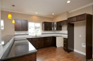 Photo 2: 3331 Merlin Rd in Langford: La Luxton House for sale : MLS®# 608861