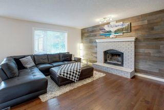 Photo 2: 161 DOUGLASBANK Way SE in Calgary: Douglasdale/Glen Detached for sale : MLS®# A1011698