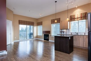 "Photo 3: 404 12020 207A Street in Maple Ridge: Northwest Maple Ridge Condo for sale in ""Westbrooke"" : MLS®# R2529905"