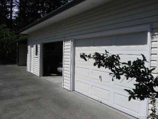 Photo 2: 2088 Austin Rd in COMOX: CV Comox Peninsula Manufactured Home for sale (Comox Valley)  : MLS®# 537623