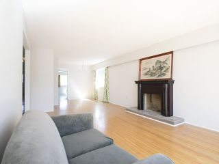 Photo 4: 2179 E 29TH Avenue in Vancouver: Victoria VE House for sale (Vancouver East)  : MLS®# R2105771
