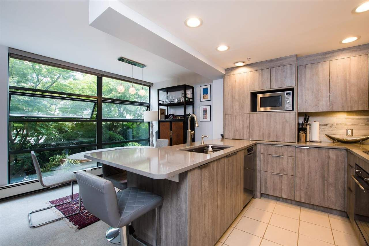 """Main Photo: 213 1688 ROBSON Street in Vancouver: West End VW Condo for sale in """"Pacific Robson Palais"""" (Vancouver West)  : MLS®# R2597913"""
