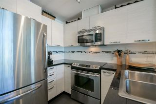 """Photo 7: 403 7428 BYRNEPARK Walk in Burnaby: South Slope Condo for sale in """"Green"""" (Burnaby South)  : MLS®# R2163643"""