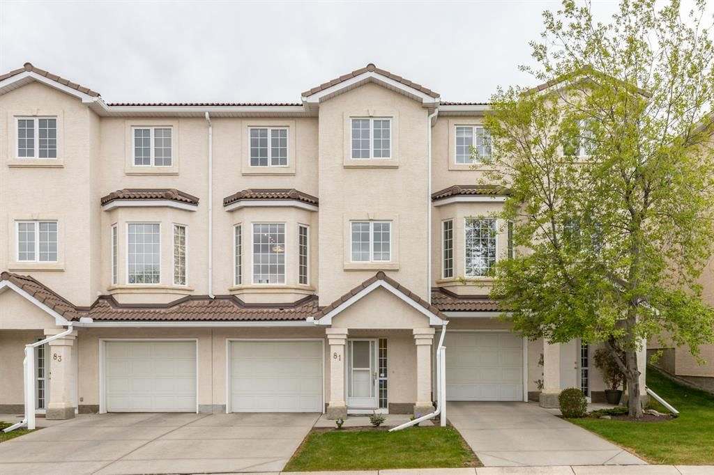 Main Photo: 81 Hamptons Link NW in Calgary: Hamptons Row/Townhouse for sale : MLS®# A1112657