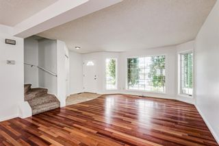 Photo 13: 18 Erin Meadow Close SE in Calgary: Erin Woods Detached for sale : MLS®# A1143099