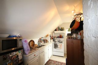 """Photo 9: 1656 E 4TH Avenue in Vancouver: Grandview VE Fourplex for sale in """"Commercial Drive"""" (Vancouver East)  : MLS®# R2195268"""