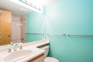 """Photo 14: 705 5790 PATTERSON Avenue in Burnaby: Metrotown Condo for sale in """"THE REGENT"""" (Burnaby South)  : MLS®# R2330523"""
