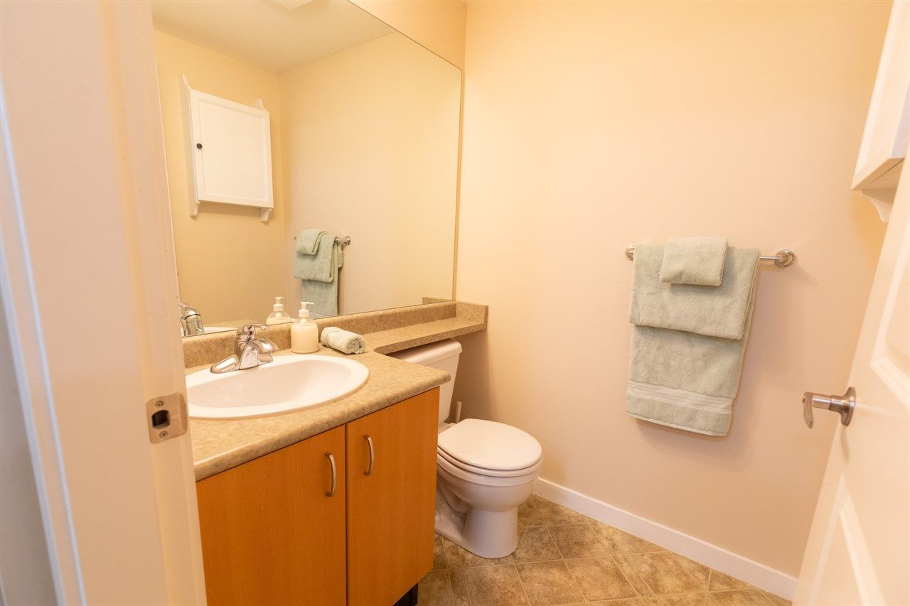 """Photo 11: Photos: 12 5355 201A Street in Langley: Langley City Townhouse for sale in """"PACIFIC COURT"""" : MLS®# R2557519"""