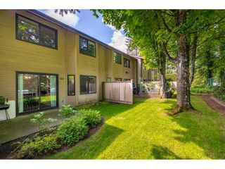 """Photo 19: 103 7349 140 Street in Surrey: East Newton Townhouse for sale in """"Newton Park"""" : MLS®# R2464654"""