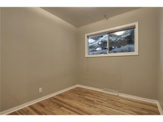 Photo 13: 1 42 Street SW in Calgary: Wildwood Residential Detached Single Family for sale : MLS®# C3634389