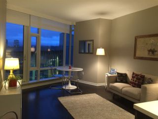 """Photo 6: 405 12 ATHLETES Way in Vancouver: False Creek Condo for sale in """"KAYAK"""" (Vancouver West)  : MLS®# R2236470"""