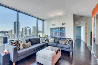 """Photo 4: 1705 33 SMITHE Street in Vancouver: Yaletown Condo for sale in """"COOPERS LOOKOUT"""" (Vancouver West)  : MLS®# R2129827"""