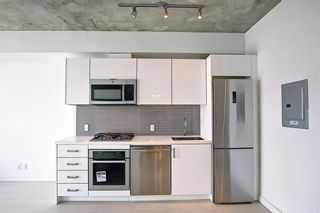 Photo 3: 2405 1010 6 Street SW in Calgary: Beltline Apartment for sale : MLS®# A1130391