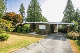 Photo 1: 2987 SURF Crescent in Coquitlam: Ranch Park House for sale : MLS®# R2197011