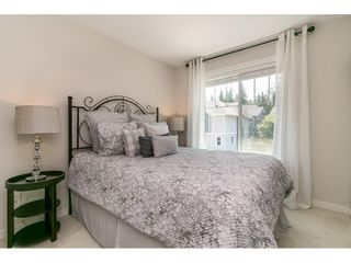 """Photo 31: 28 15717 MOUNTAIN VIEW Drive in Surrey: Grandview Surrey Townhouse for sale in """"Olivia"""" (South Surrey White Rock)  : MLS®# R2600355"""