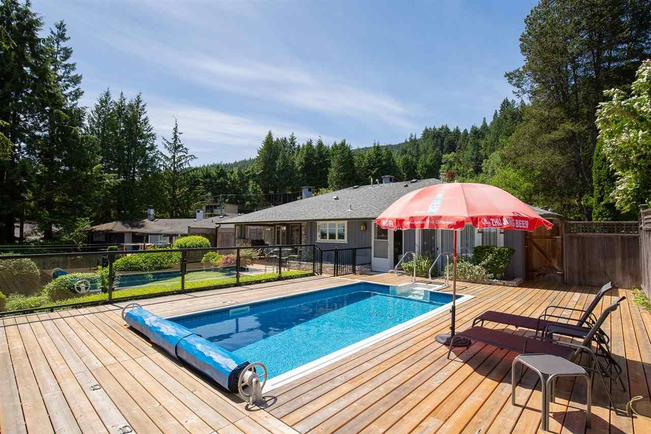 Photo 15: Photos: 80 GLENMORE Drive in West Vancouver: Glenmore House for sale : MLS®# R2468139