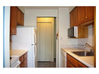 """Photo 3: 304 2055 PENDRELL Street in Vancouver: West End VW Condo for sale in """"PANORAMA PLACE"""" (Vancouver West)  : MLS®# V971626"""