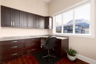 "Photo 15: 1020 STARVIEW Place in Squamish: Tantalus House for sale in ""TANTALUS"" : MLS®# R2536297"