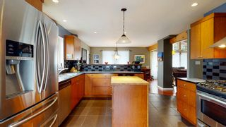 "Photo 8: 7858 LOHN Road in Halfmoon Bay: Halfmn Bay Secret Cv Redroofs House for sale in ""WELCOME WOODS"" (Sunshine Coast)  : MLS®# R2533646"
