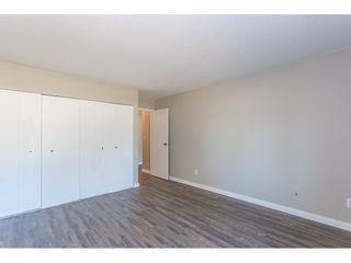 """Photo 13: 105 33956 ESSENDENE Avenue in Abbotsford: Central Abbotsford Condo for sale in """"Hillcrest Manor"""" : MLS®# R2192762"""