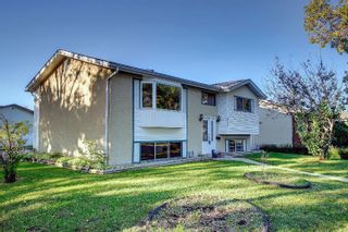 Photo 2: 5923 148 Avenue in Edmonton: Zone 02 House for sale : MLS®# E4262571