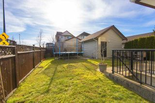 Photo 2: 18598 67 Avenue in Surrey: Cloverdale BC House for sale (Cloverdale)  : MLS®# R2137279
