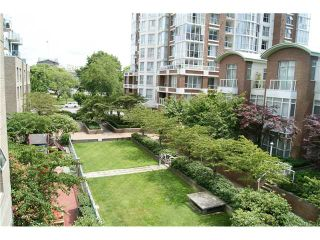 """Photo 1: 309 1188 QUEBEC Street in Vancouver: Mount Pleasant VE Condo for sale in """"CITY GATE"""" (Vancouver East)  : MLS®# V857951"""