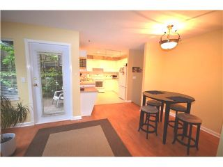 """Photo 3: 19 910 FORT FRASER RISE in Port Coquitlam: Citadel PQ Townhouse for sale in """"SIENNA RIDGE"""" : MLS®# V987337"""
