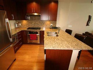 Photo 10: 409 379 Tyee Rd in VICTORIA: VW Victoria West Condo for sale (Victoria West)  : MLS®# 682873