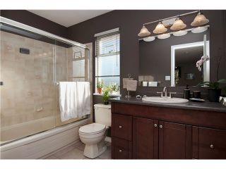 "Photo 10: 14 20699 120B Avenue in Maple Ridge: Northwest Maple Ridge Townhouse for sale in ""THE GATEWAY"" : MLS®# V929685"