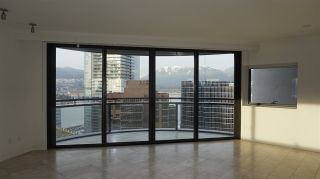 """Photo 14: 2505 838 W HASTINGS Street in Vancouver: Downtown VW Condo for sale in """"JAMESON HOUSE"""" (Vancouver West)  : MLS®# R2129939"""