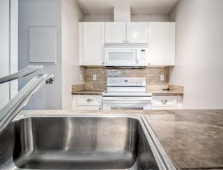 """Photo 11: 14 3200 WESTWOOD Street in Port Coquitlam: Central Pt Coquitlam Condo for sale in """"Hidden Hills"""" : MLS®# R2585501"""