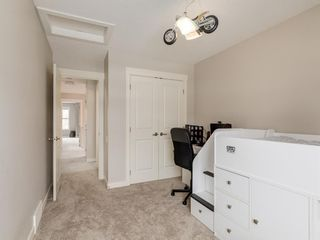Photo 32: 2334 54 Avenue SW in Calgary: North Glenmore Park Semi Detached for sale : MLS®# A1101000
