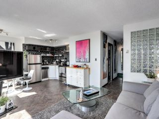 """Photo 6: 404 1534 HARWOOD Street in Vancouver: West End VW Condo for sale in """"St Pierre"""" (Vancouver West)  : MLS®# R2609821"""
