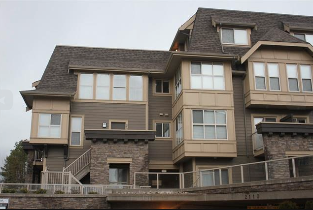 Main Photo: 224 2108 Rowland Street in Port Coquitlam: Central Pt Coquitlam Townhouse for sale : MLS®# R2043092