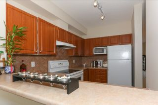 """Photo 8: 51 1010 EWEN Avenue in New Westminster: Queensborough Townhouse for sale in """"WINDSOR MEWS"""" : MLS®# R2017583"""