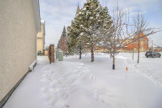Photo 34: 15004 Prestwick Boulevard SE in Calgary: McKenzie Towne Row/Townhouse for sale : MLS®# A1068936