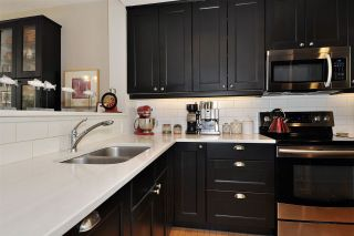 Photo 7: 2162 E KENT AVENUE SOUTH in Vancouver: South Marine Townhouse for sale (Vancouver East)  : MLS®# R2403921