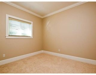 Photo 9: 634 W 17TH ST in North Vancouver: House for sale : MLS®# V868766