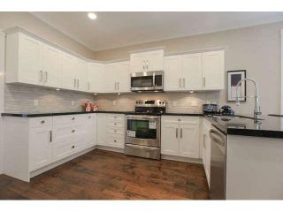 """Photo 6: 33 2688 150 Street in Surrey: Sunnyside Park Surrey Townhouse for sale in """"Westmoor"""" (South Surrey White Rock)  : MLS®# F1449196"""