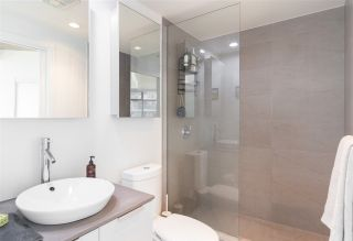 """Photo 11: 2106 128 W CORDOVA Street in Vancouver: Downtown VW Condo for sale in """"WOODWARDS W43"""" (Vancouver West)  : MLS®# R2222089"""