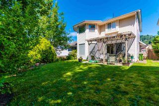 """Photo 5: 5530 HIGHROAD Crescent in Chilliwack: Promontory House for sale in """"PROMONTORY"""" (Sardis)  : MLS®# R2477701"""
