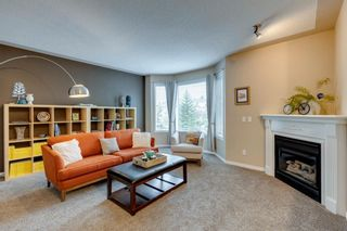 Photo 2: 90 Country Hills Gardens NW in Calgary: Country Hills Row/Townhouse for sale : MLS®# A1118931