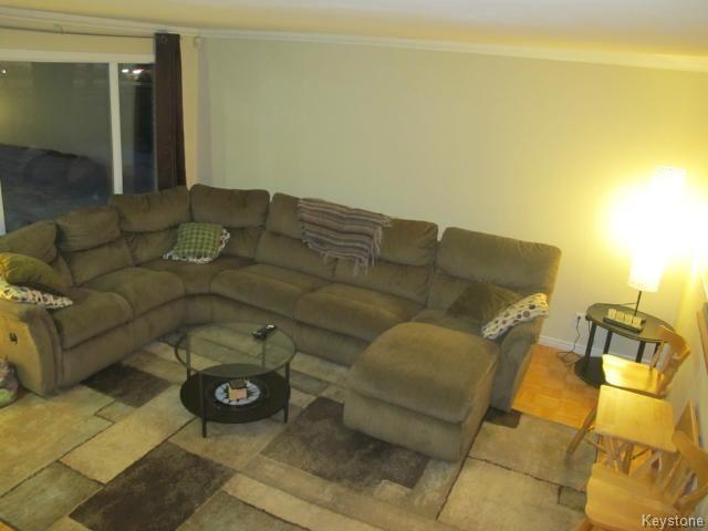 Photo 9: Photos:  in WINNIPEG: East Kildonan Residential for sale (North East Winnipeg)  : MLS®# 1405444