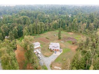 Photo 2: 28344 HARRIS Road in Abbotsford: Bradner House for sale : MLS®# R2612982