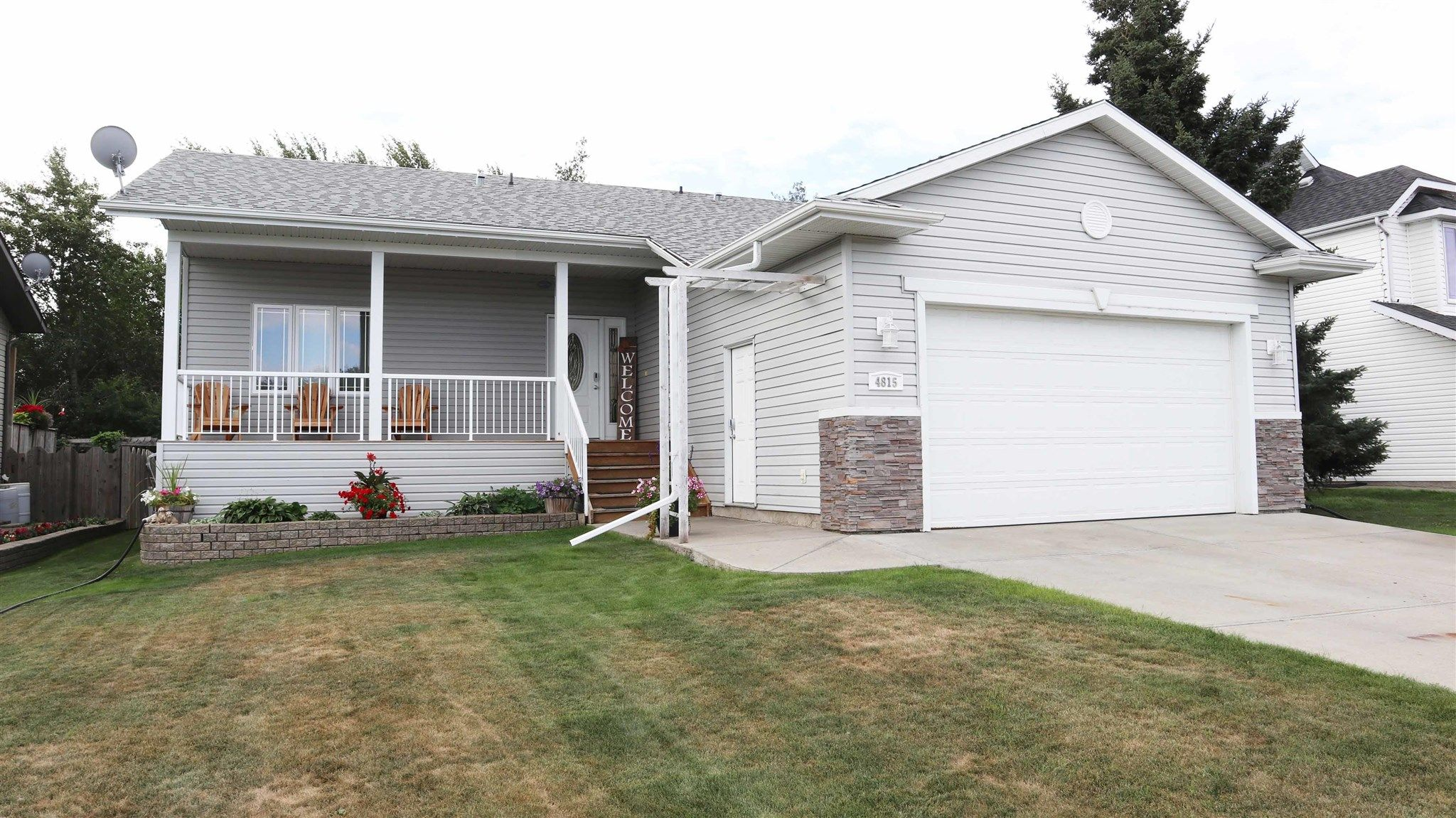 Main Photo: 4815 52 Avenue: Thorsby House for sale : MLS®# E4258238